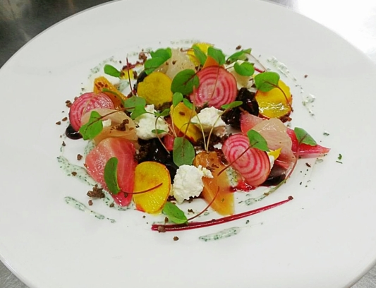 Beetroot, ewes curd, yoghurt, pumpernickel, dill
